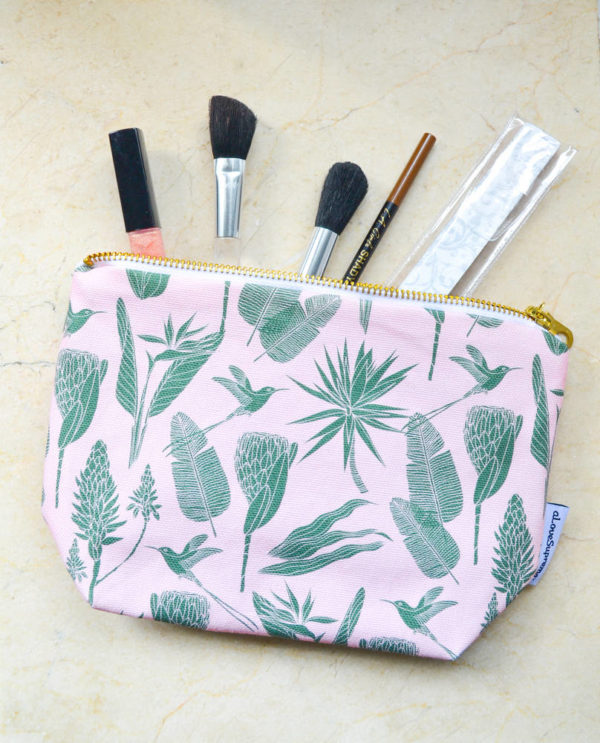 67Wild at Heart – MAKEUP POUCH
