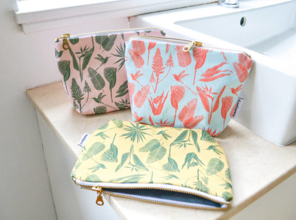 69Wild at Heart – MAKEUP POUCH