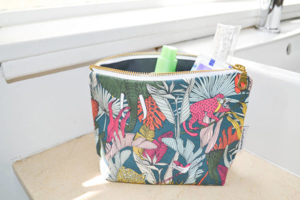 75Wild at Heart – MAKEUP POUCH