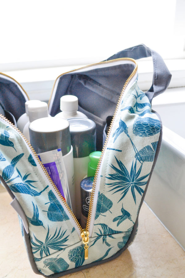 78Wild at Heart – TOILETRY BAG